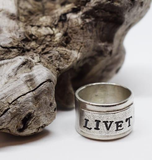 silverring LIVET med trädgren